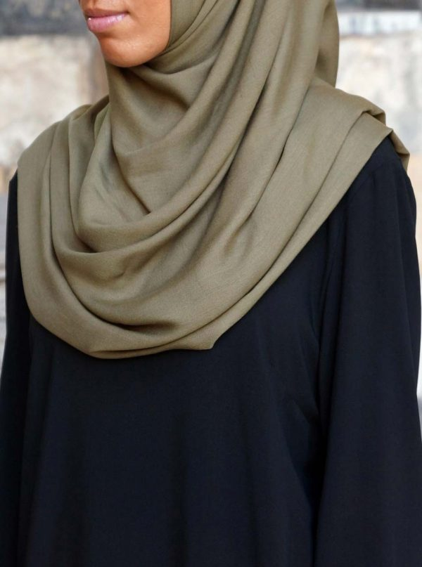 Possess High quality Merchandise By Reaching Out To Islamic Clothes On-line