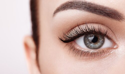 Have free lashes for yourself this summer
